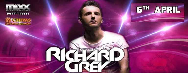 Richard Grey live at Mixx Pattaya